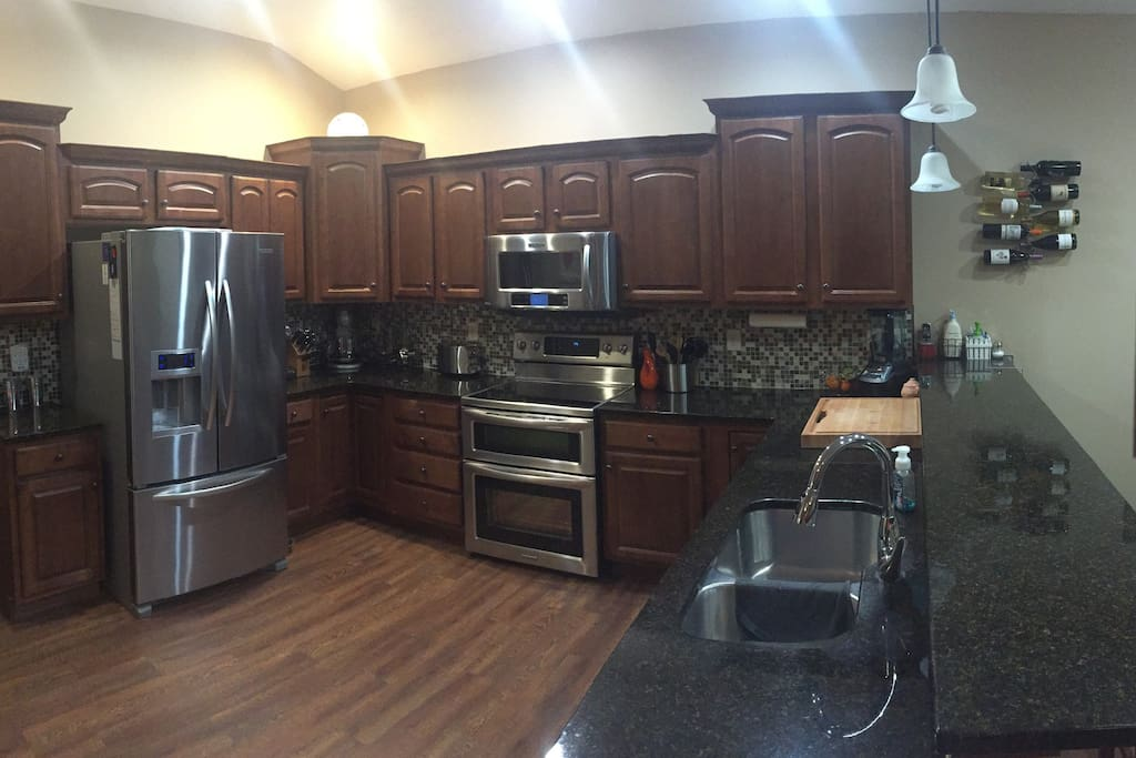 Large kitchen. Unfurnished but all appliances are there to use.