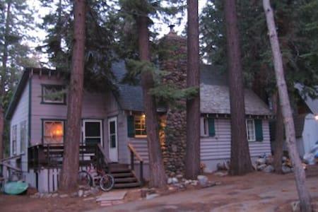 West Shore - Cozy Studio Loft - Tahoma