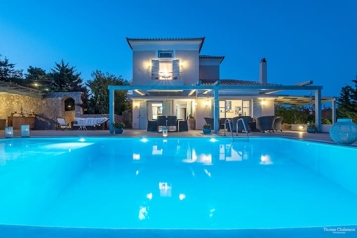 Luxurious,Cosy Villa+Breathtaking Seaview/Pool