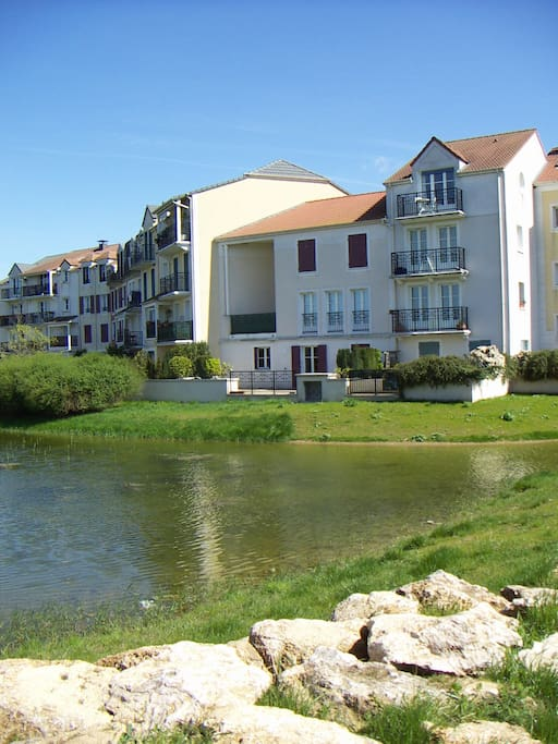 2 bedroomed 10 mins from disneyland appartements louer - Piscine de bailly romainvilliers ...