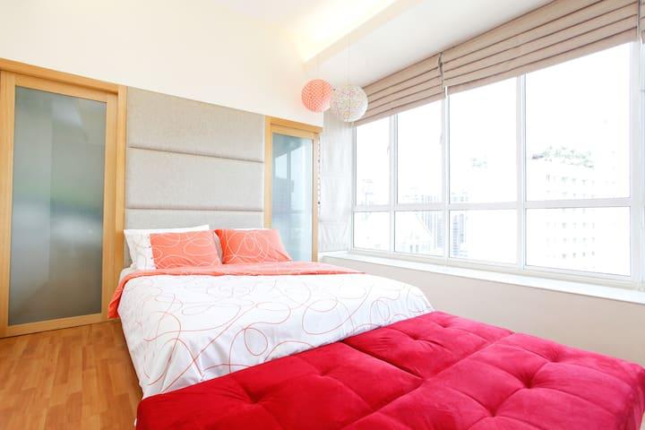 Sunny Apartment 400m KLCC TwinTowers Hi-Speed Wifi