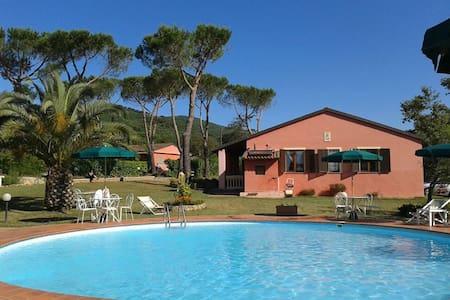 App. Cabernet Agriturismo Toscana - Suvereto - Lejlighed