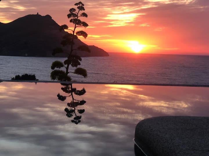 Casa Vista Marina con piscina infinity