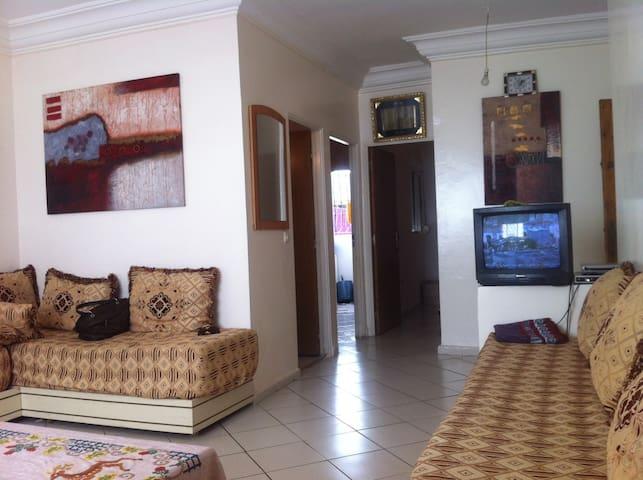 Joli appt. de vacances au 1 er étage à Martil - Martil - Byt