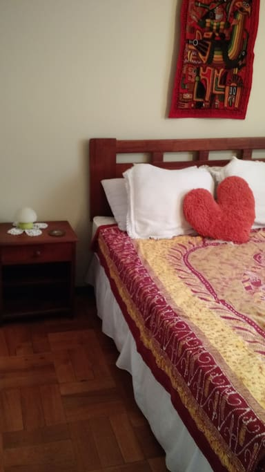 dormitorio número dos cama matrimonial