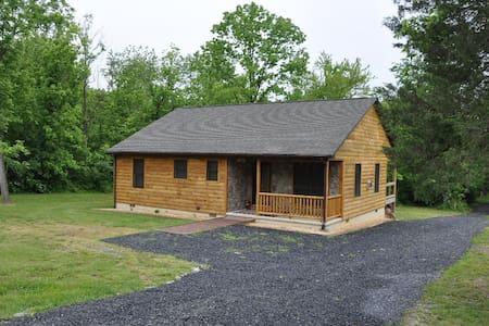 Bear Timbers Cabin - Rileyville - Casa