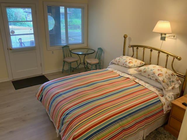 Grey Whale Inn: Room #2