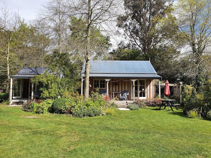 Bumblebee Cottage Greytown