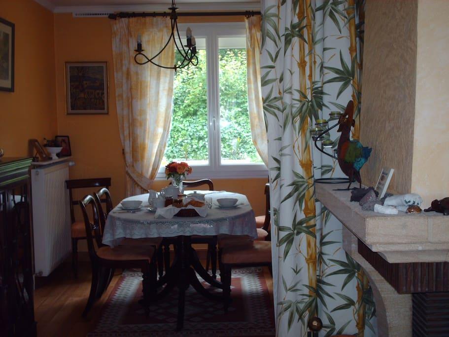 chambre proche futuroscope poitiers chambres d 39 h tes louer chasseneuil du poitou poitou. Black Bedroom Furniture Sets. Home Design Ideas