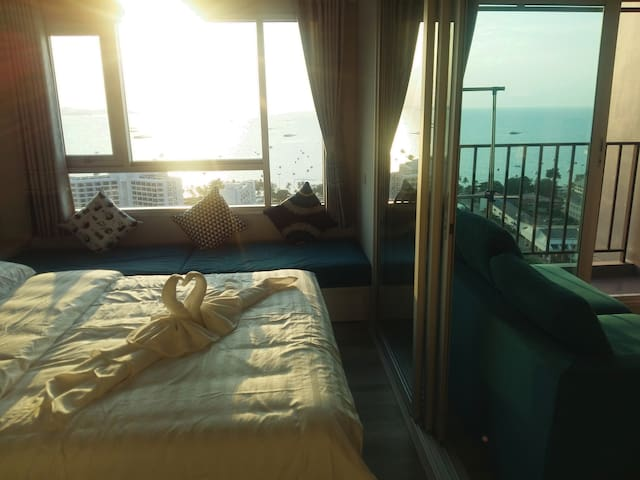 ❤ Fantastic direct sea view ❤ in Central Pattaya !