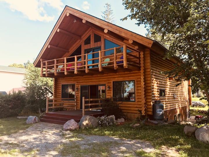 Huge Log Cabin at Leech Lake.. sleeps 16+!