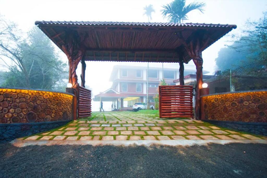 Welcome to LakeRose Wayanad Resort
