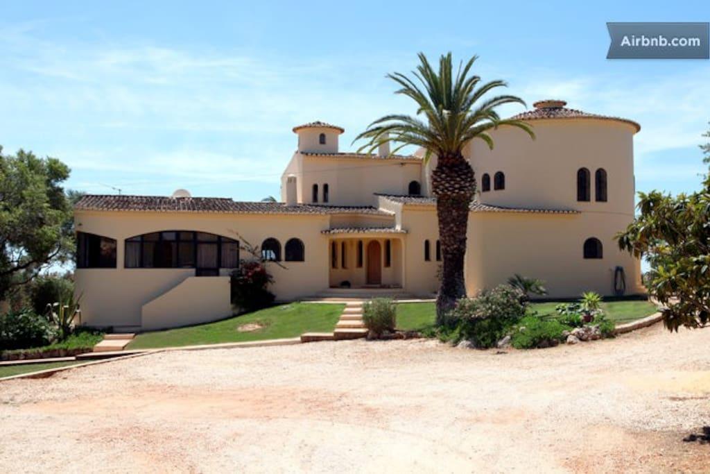 The Monte dos Amores villa.