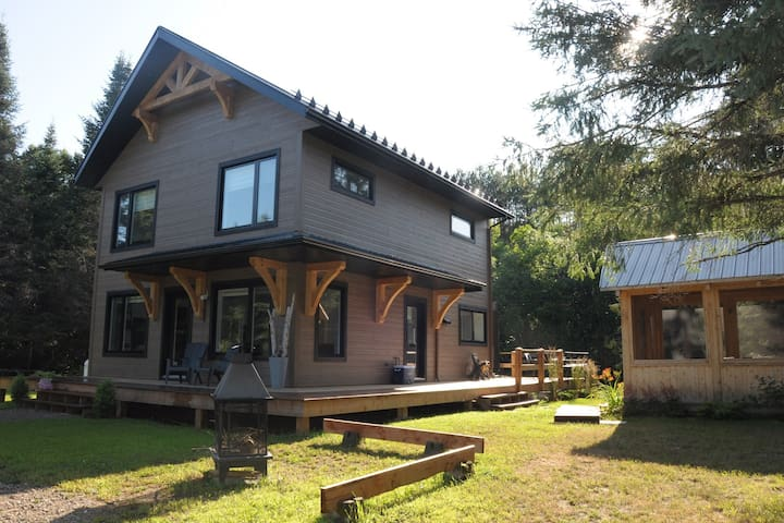 Country house - Mont-Tremblant region