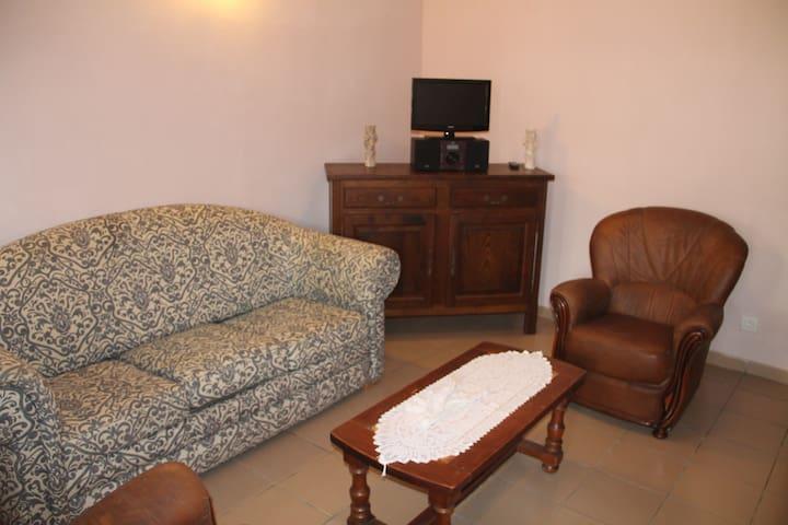 T2 tout équipé et climatisé à Bingerville - Abidjan - Lägenhet