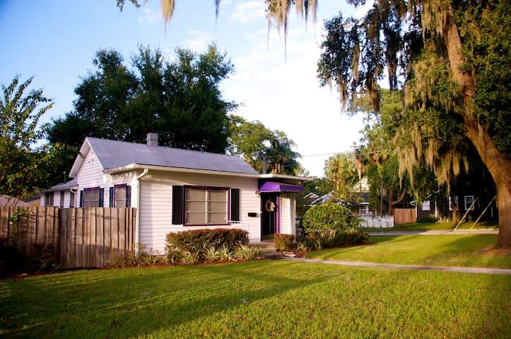 Cozy Corner Cottage