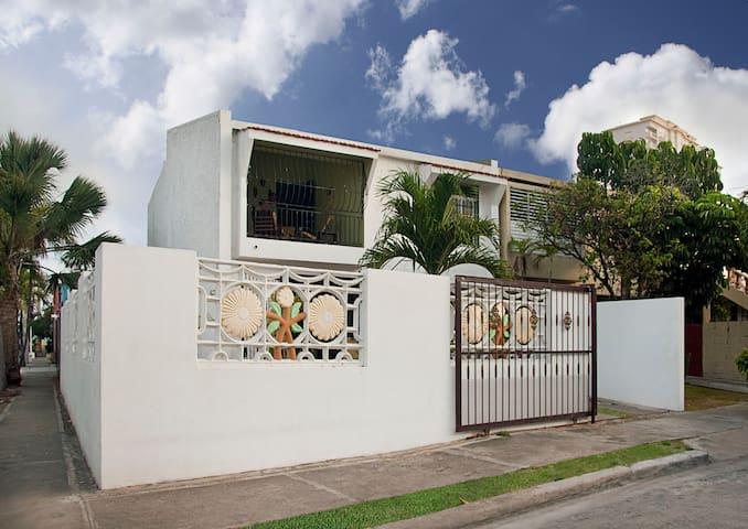 ideal 4 room house, near ocean - Santo Domingo - Ev