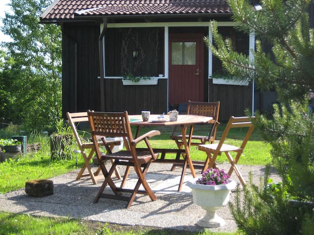 Stay on the beatiful countryside - Örby - Apartment