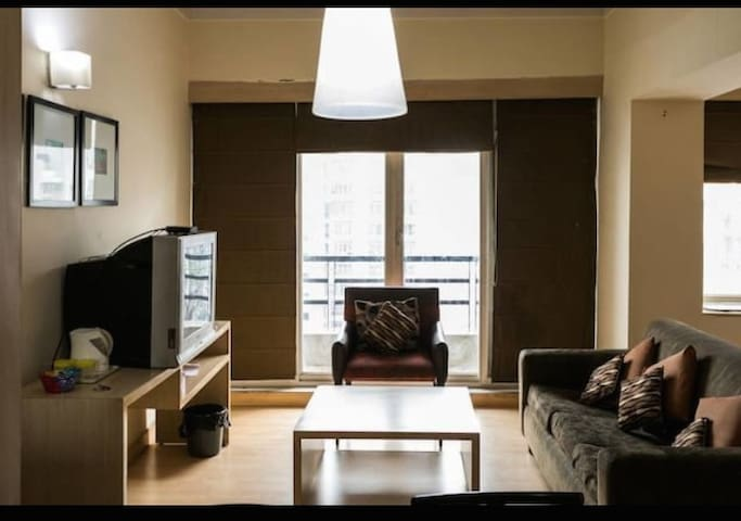 Luxury Studios - Ghaziabad - Apartament