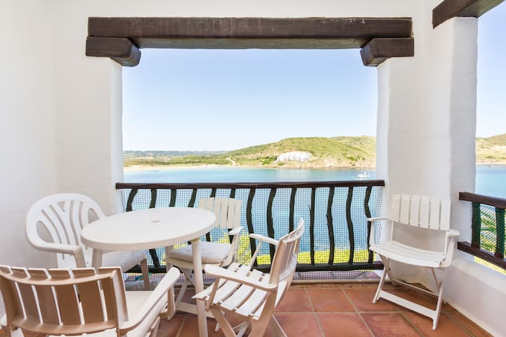 Appartament right on top of the sea - Playas de Fornells - Apartament