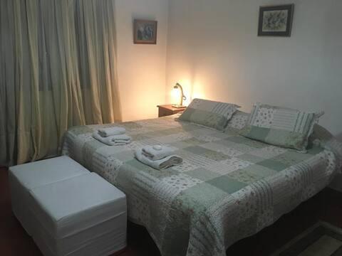 Habitación Matrimonial-Casa de campo-1