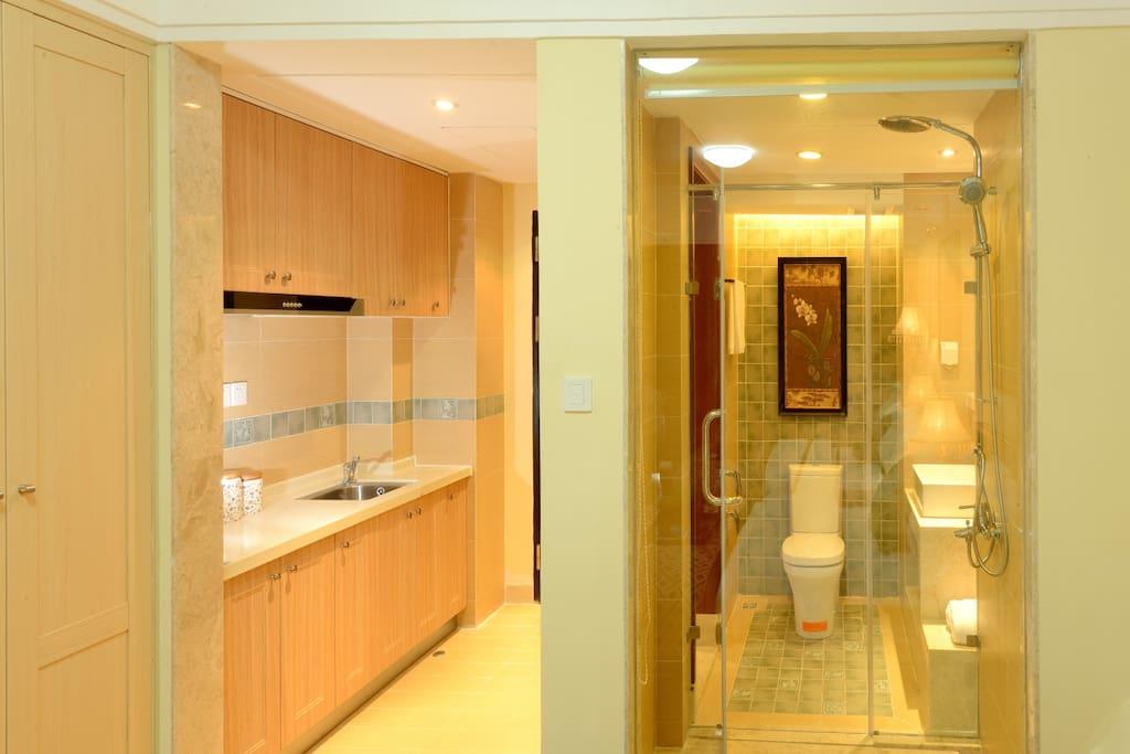 浴室、厨房