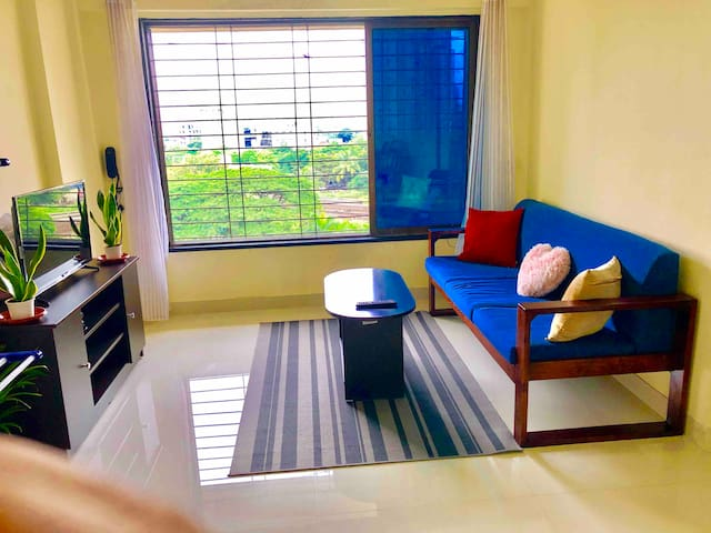 View the city from the cosy nest in Goregaon east