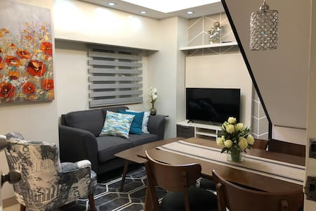 Loft type 3BR condo connected to Kamuning MRT QC