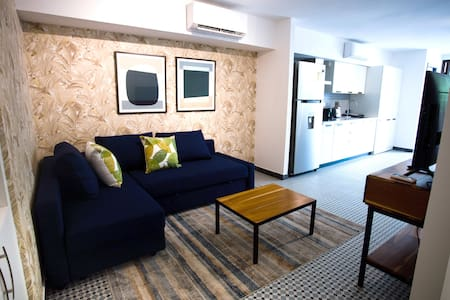 Casco Viejo - BRAND NEW Apartment for 4 people! #3