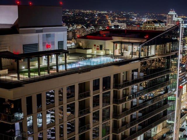 Fantastic New Downtown Austin High-Rise Condo