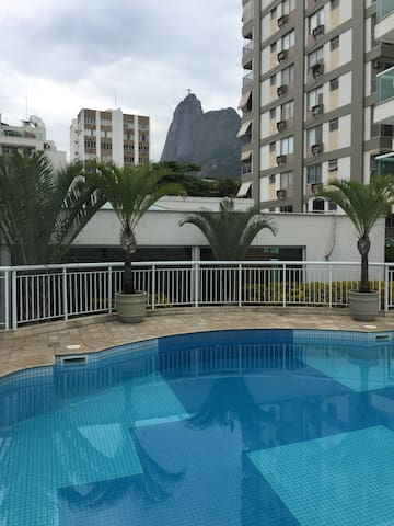 Suite no Apart Hotel Quality Suítes Botafogo