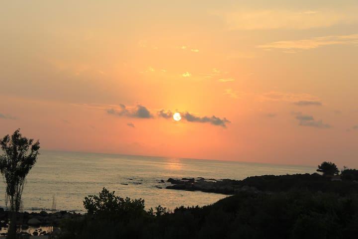 Παραλία Ριζών/ sunset at Riza beach