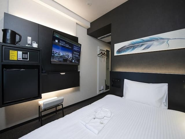 3 Star Hotel! Excellent location! Tower view single room with free wifi ♦Non-smoking♦
