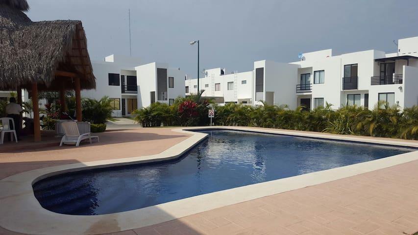 Apartment Nuevo Vallarta!!! 1 Economic Room - Las Jarretaderas - Lejlighed