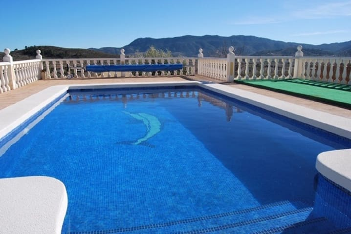 Tranquil villa with heated pool & beautiful views