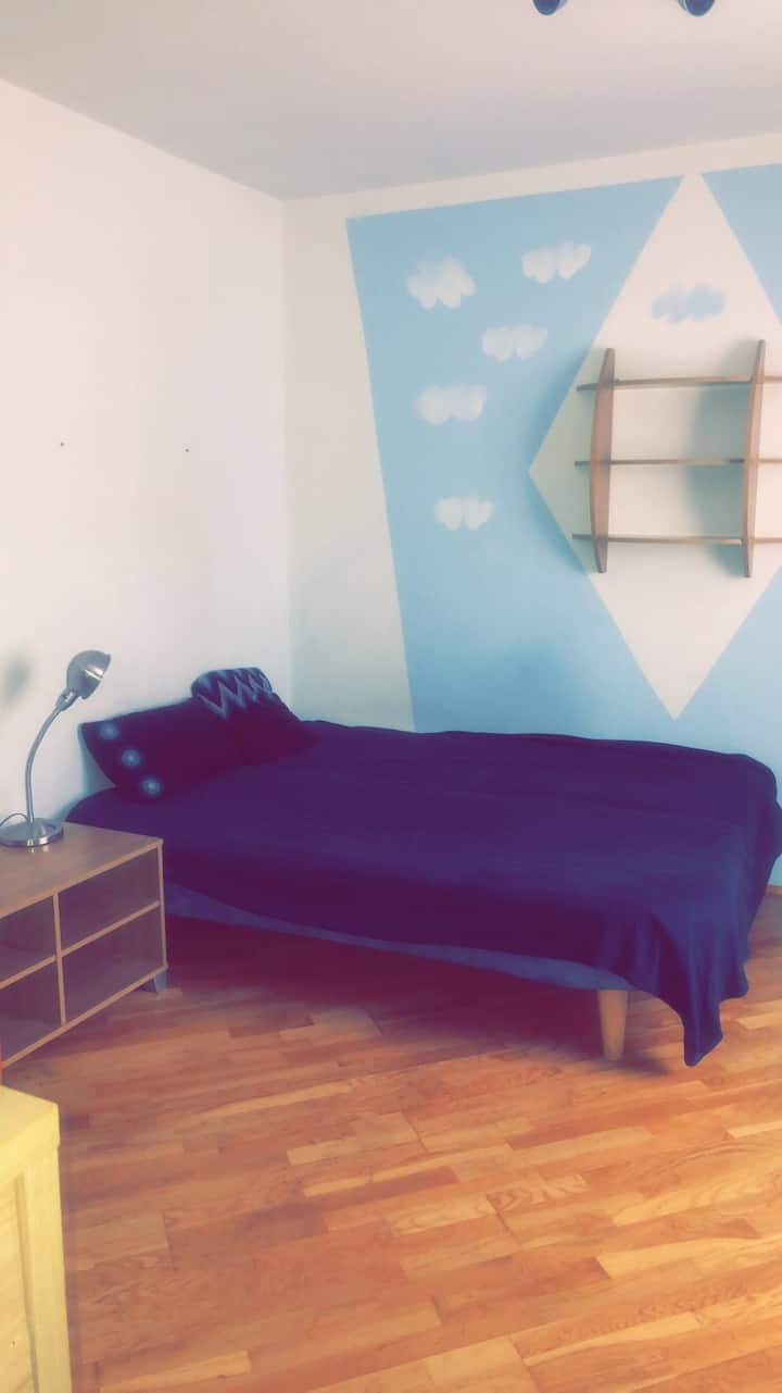 Perfect located apartment @ university district