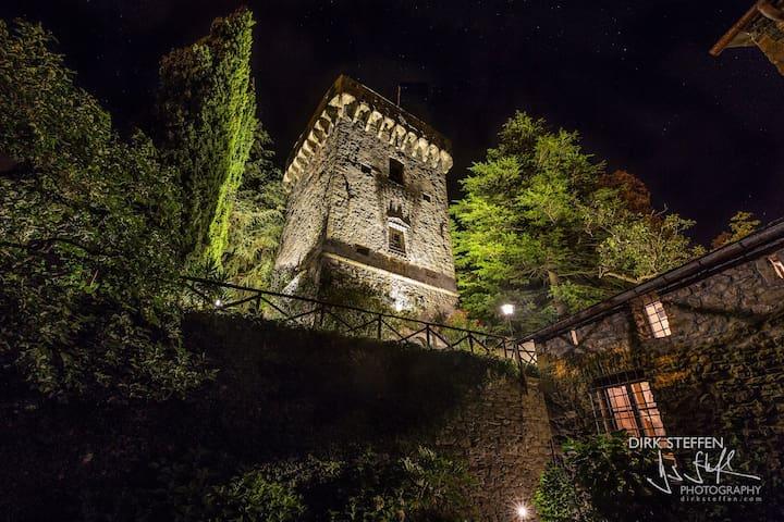 15th century castle, between 5 Terre and Portofino