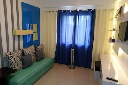 1 Bedroom Fully-Furnished Condo Across NAIA 3 - Pasay - Wohnung