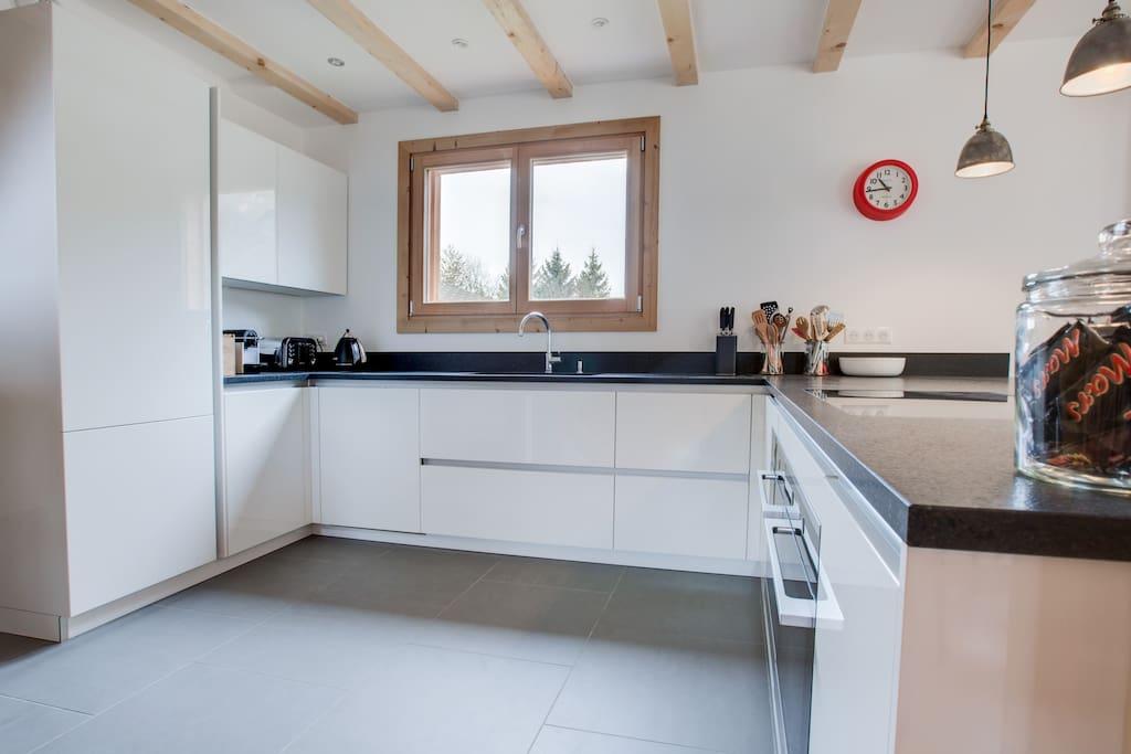 elevationalps.com Kitchen