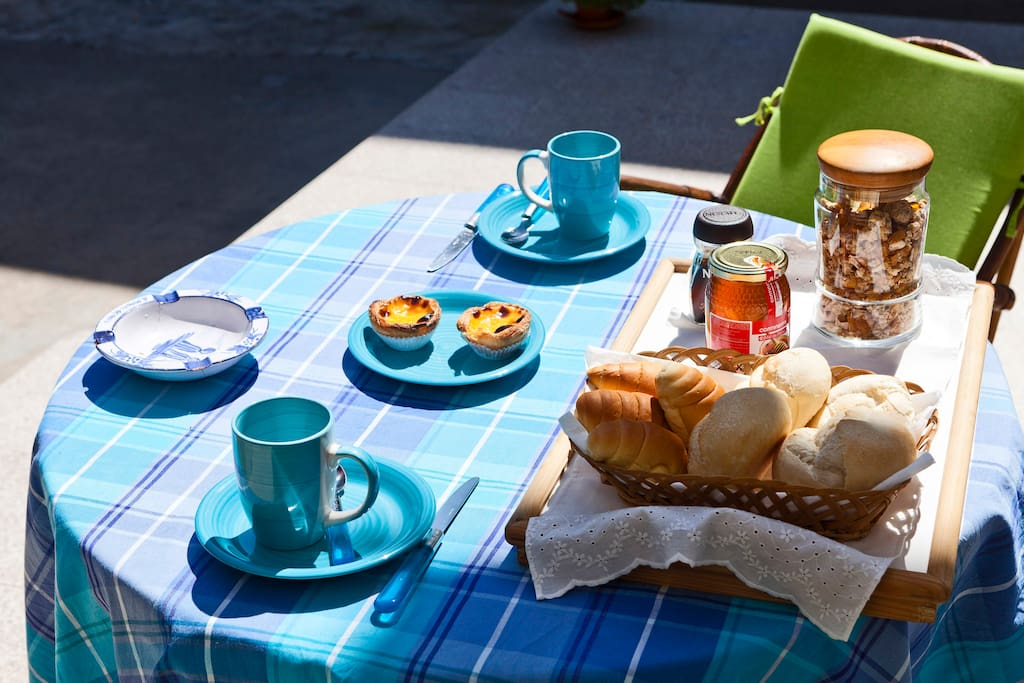 Terrace - Perfect for your breakfast