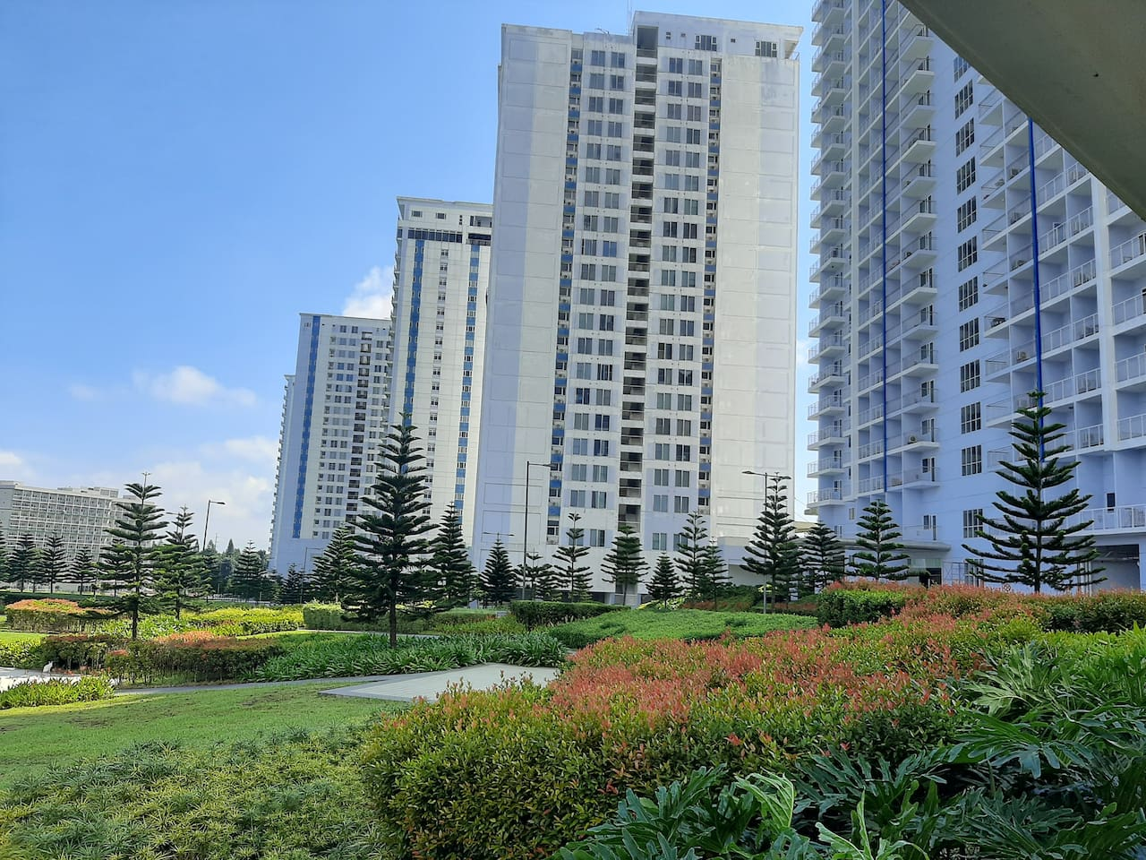 SMDC WIND RESIDENCES TOWER VIEW