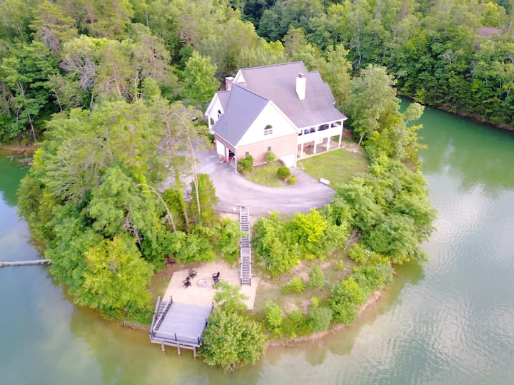 Smoky Mountain LakeHouse