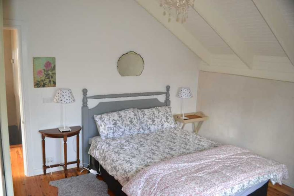 The main bedroom has queen sized bed & plenty of room for a portacot