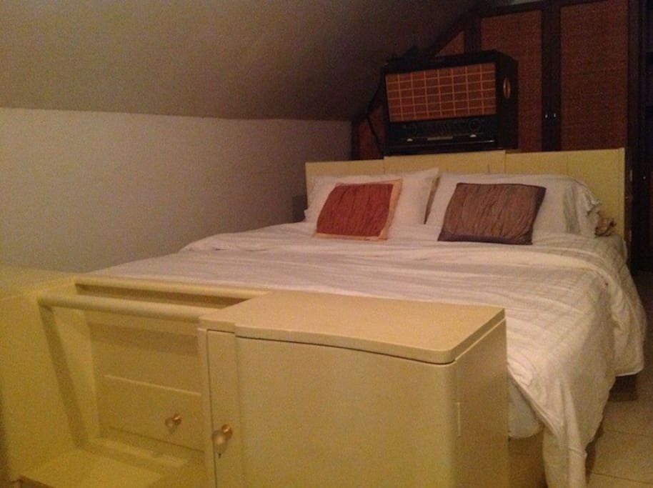 also Attic room B  with  King size Bed