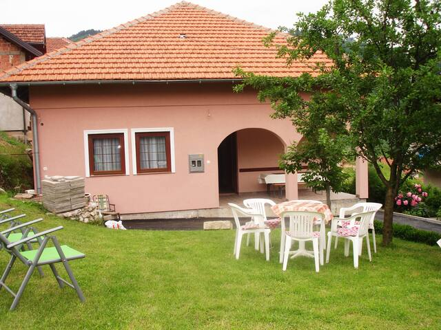 House with large garden in Sarajevo