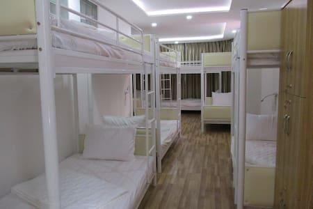 12 dorm bed - room