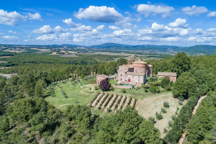 San Galgano. Historical country residence.