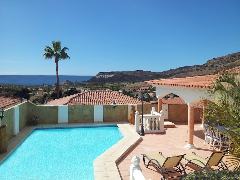 Luxurious villa in gran canaria villas for rent in mog n for Villas en gran canaria