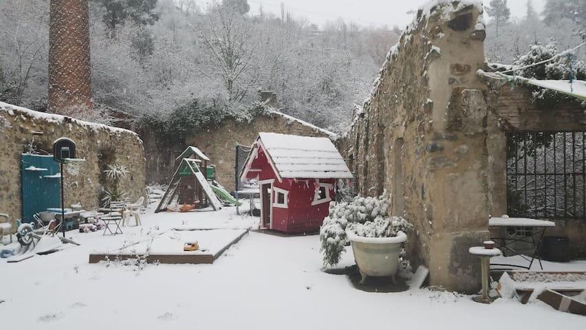 """MOULINAGE DE LA MAYRE- """"Un Noël comme avant..."""""""