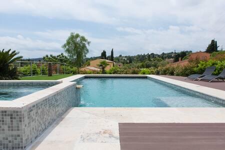 Trendy Villa with pool&spa - Grasse